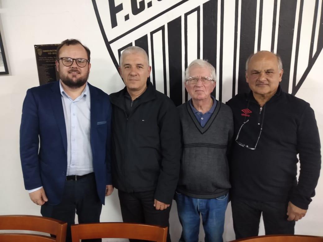 Tiago Rech segue na presidência do Santa Cruz