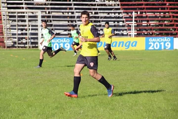 Jogo-treino marca o dia do sub-17 do São Luiz