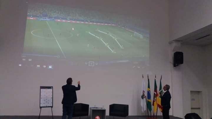 Leandro Machado participa de Seminário com presença de auxiliar da seleção brasileira