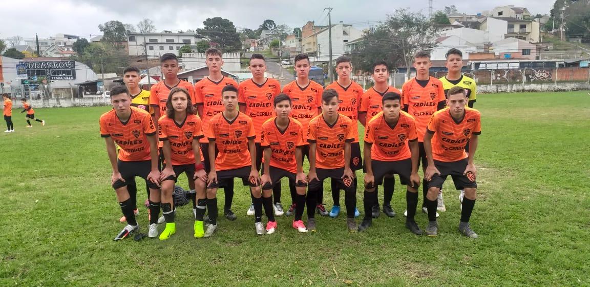 Após série de amistosos em Curitiba, Escolinha do São Luiz já está em Ijuí