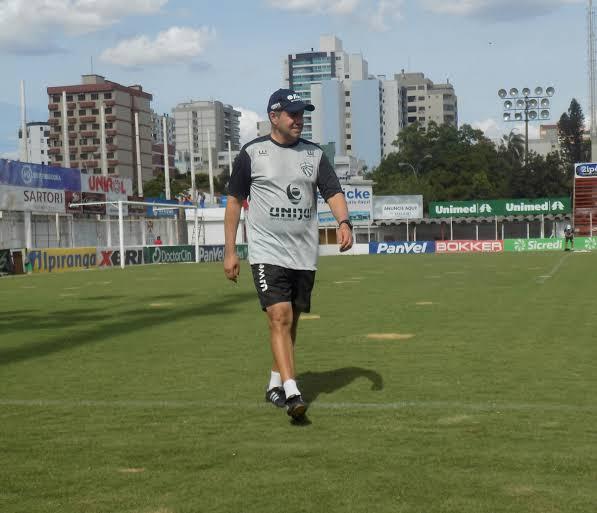 Paulo Henrique Marques é o novo técnico do Ypiranga de Erechim