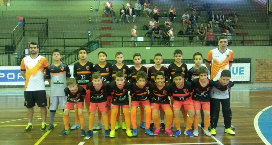 AAPF já está em Caxias onde começa a busca por vaga na semifinal da Liga Gaúcha sub-11
