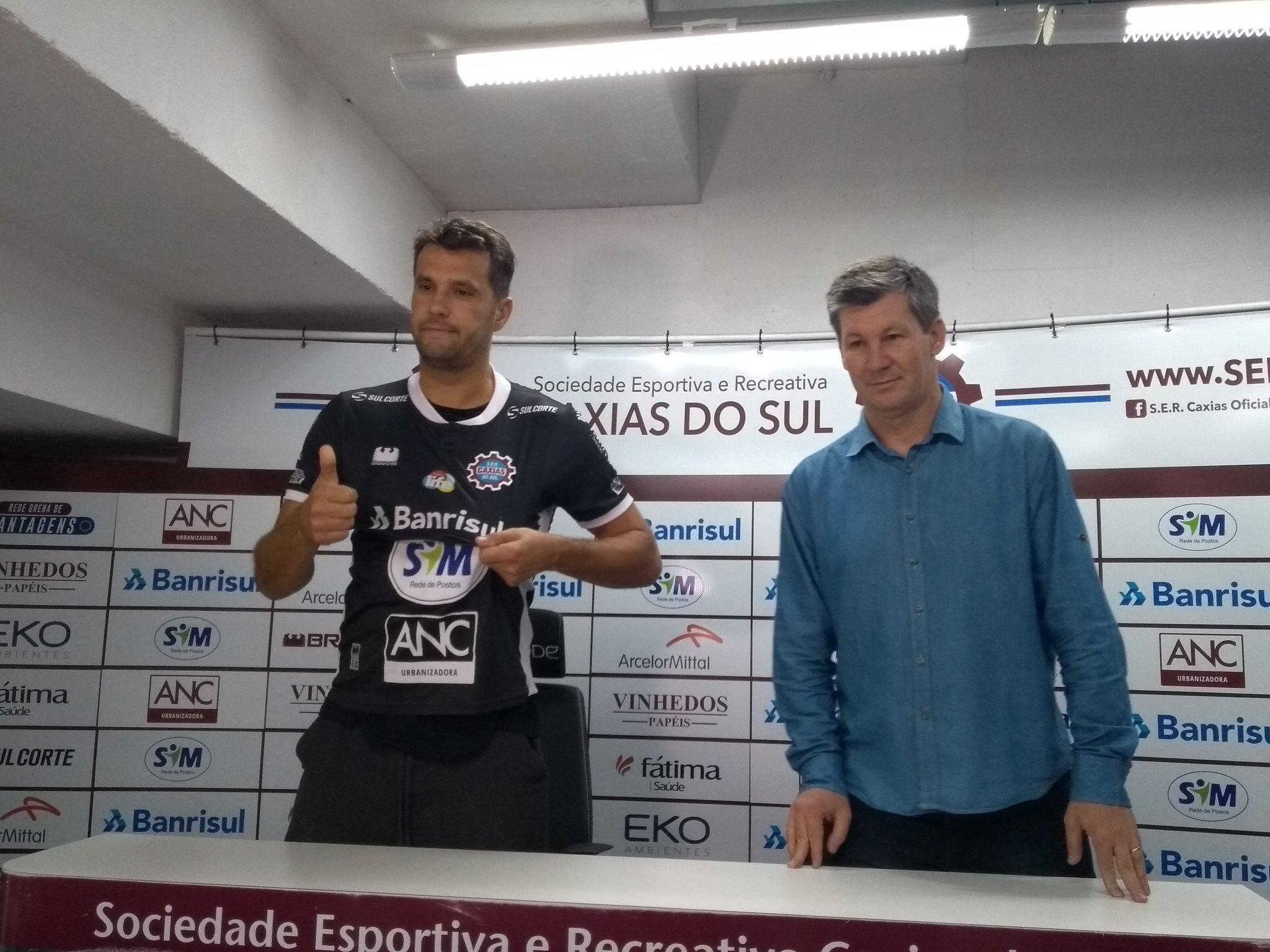 Caxias apresenta Marcelo Pittol