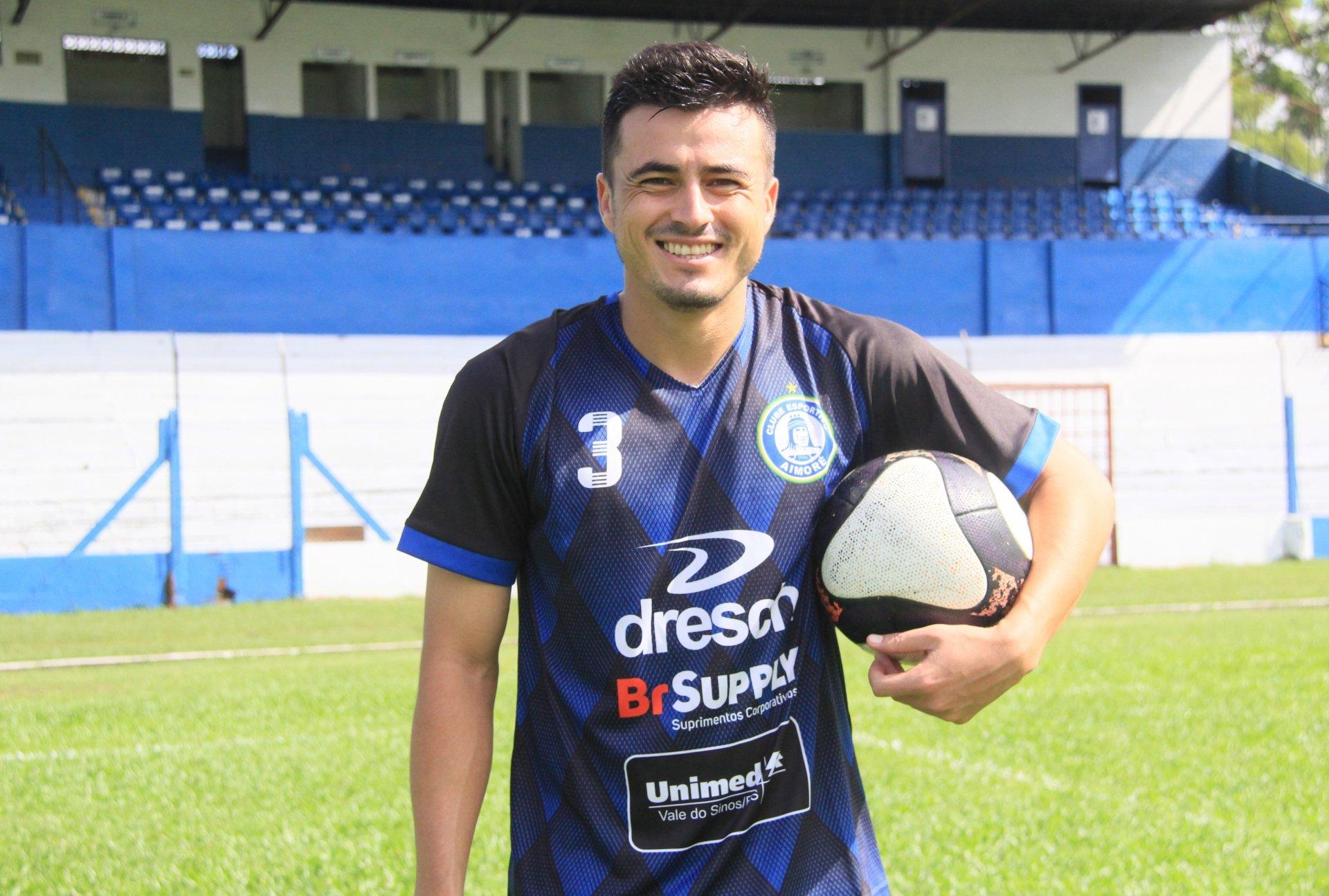 Entrevista com Itaqui, primeiro anunciado pelo São Luiz para 2020