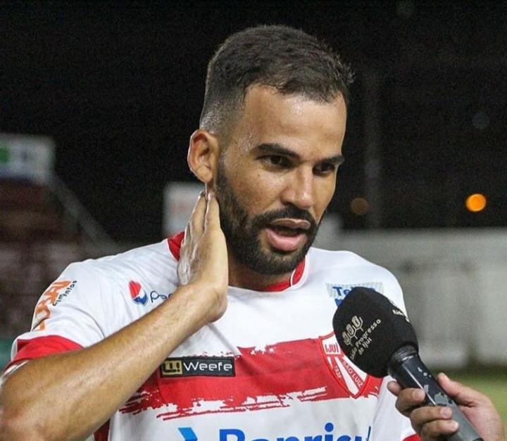 """""""Foi um momento tenso"""", diz o zagueiro do São Luiz Ramon Baiano"""