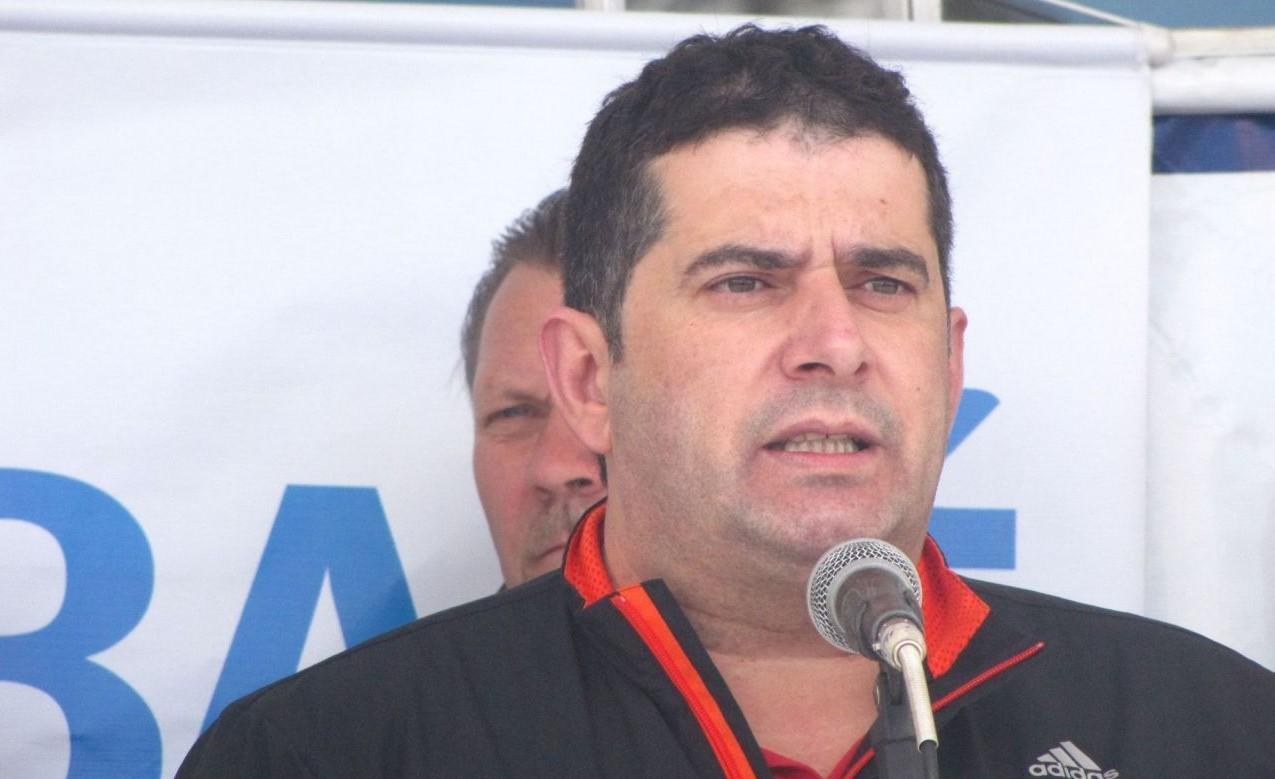 """""""Não é da índole do Guarany, deixar um profissional desamparado"""", diz presidente do clube Tato Moreira"""