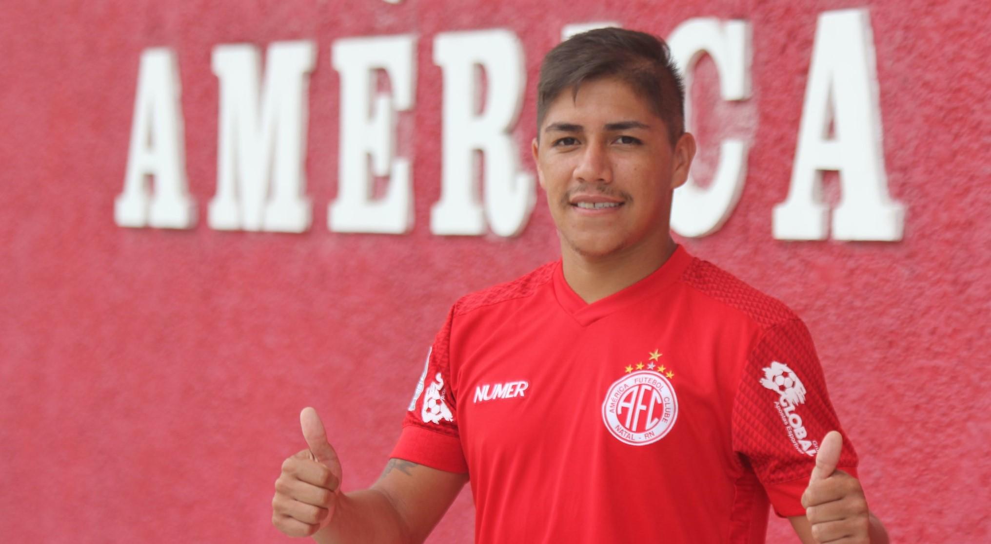 América/RN oficializa contratação do atacante Elias, ex-São Luiz