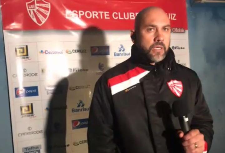 Técnico do São Luiz avalia empate diante do Aimoré