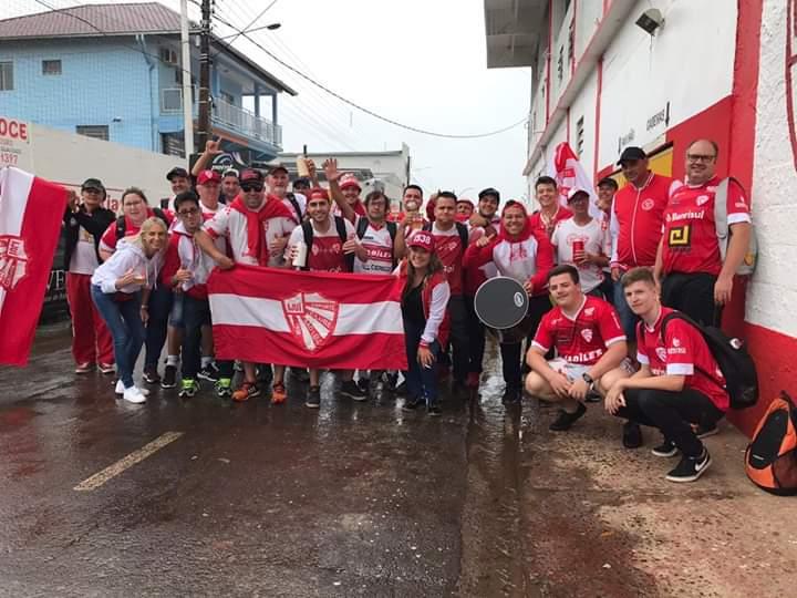 Fanáticos da Geral organiza apoio aos jogadores do São Luiz no duelo contra o São Caetano