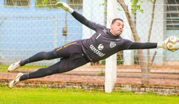 Goleiro Rafael Roballo fala sobre a campanha do São Luiz na série D