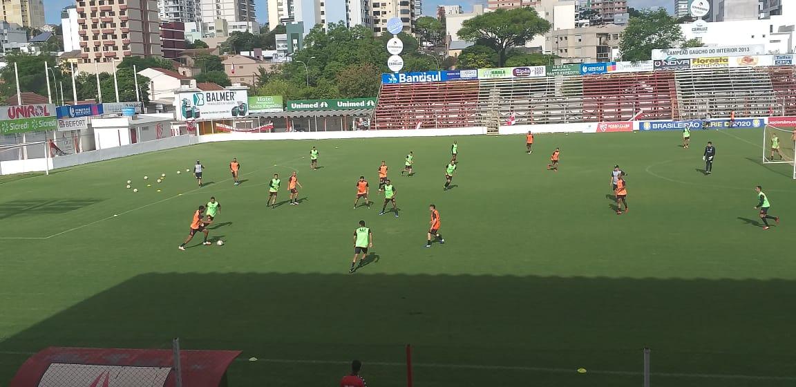 São Luiz realiza mais uma sessão de treino visando jogo de ida  contra a Cabofriense