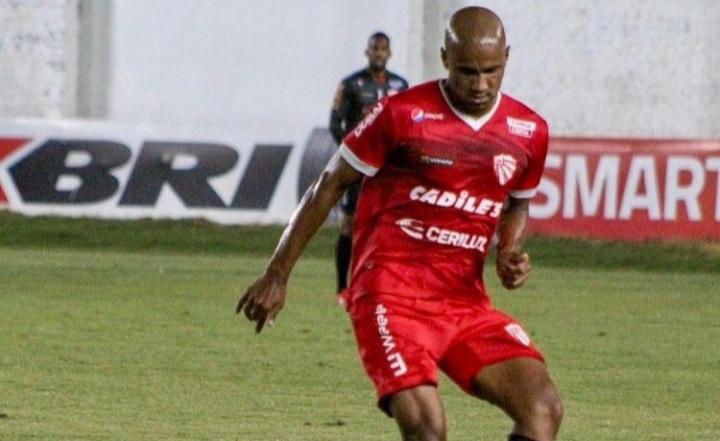 Zagueiro Jadson comenta pré-temporada e expectativa para o Gauchão