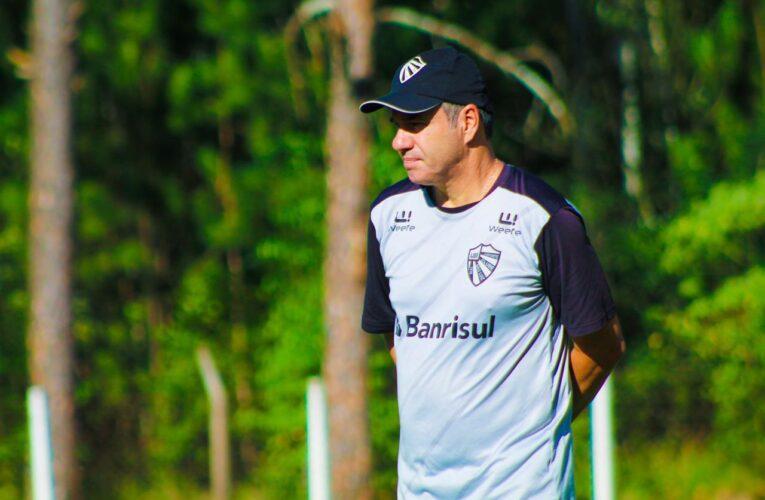Trabalhos em dois turnos marcam o dia do São Luiz