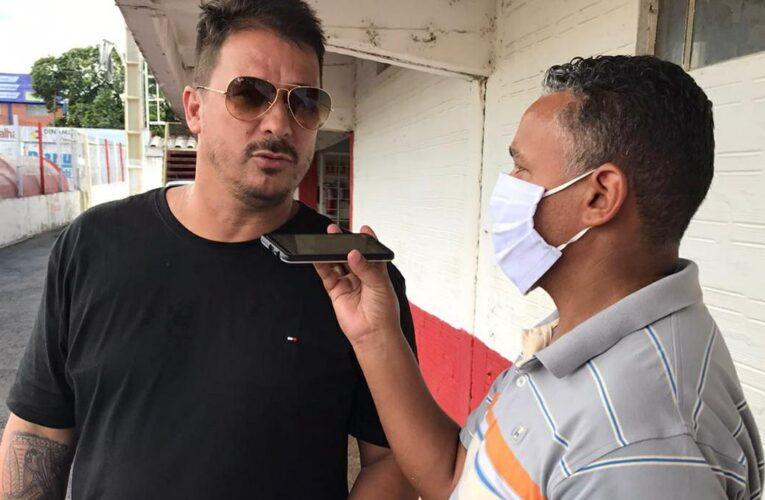 Treino do São Luiz tem a presença do ex-zagueiro Índio, campeão mundial pelo Inter