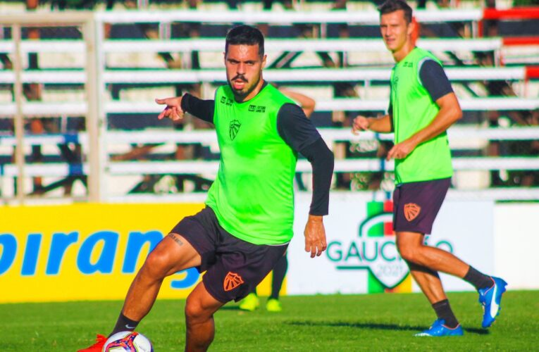 Paulo Henrique Marques testa alternativas no São Luiz