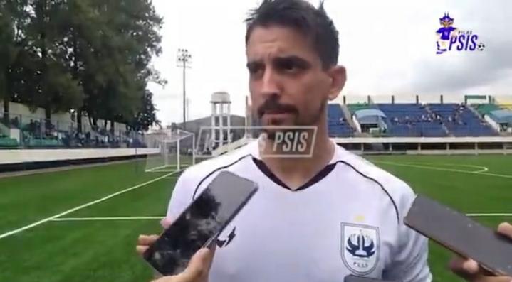 """""""Sonho do meu pai é eu vestir as camisas do Grêmio e do São Luiz"""", diz Flávio Beck Júnior"""