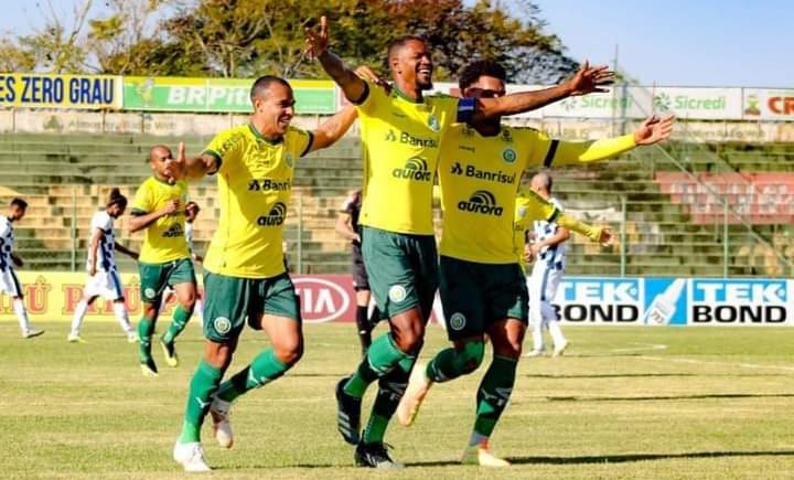 Ypiranga vence o São José e segue na liderança na série C