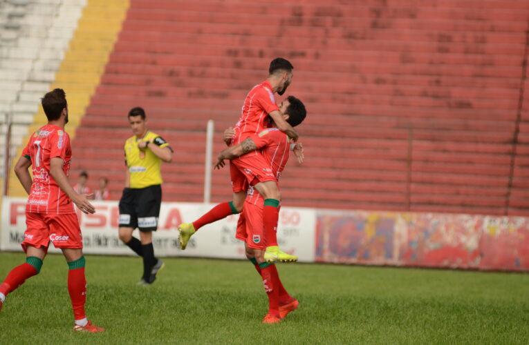 Passo Fundo, São José e Glória goleiam na Copa Dirceu de Castro
