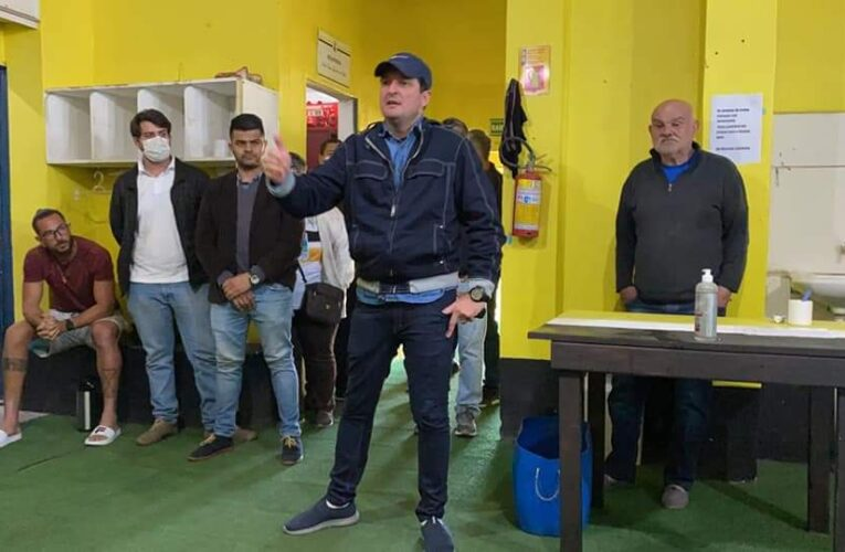 Após 20 dias no cargo, Carlos Moraes não é mais técnico do São Gabriel