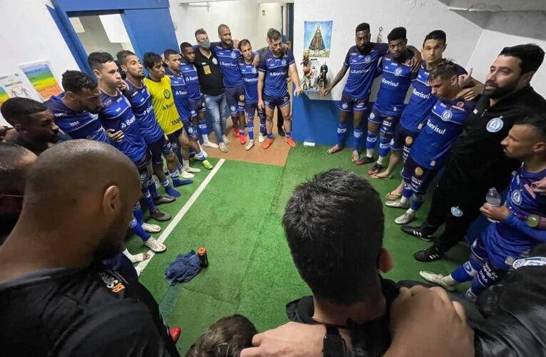 Aimoré goleia e assume liderança do grupo B da Copa FGF